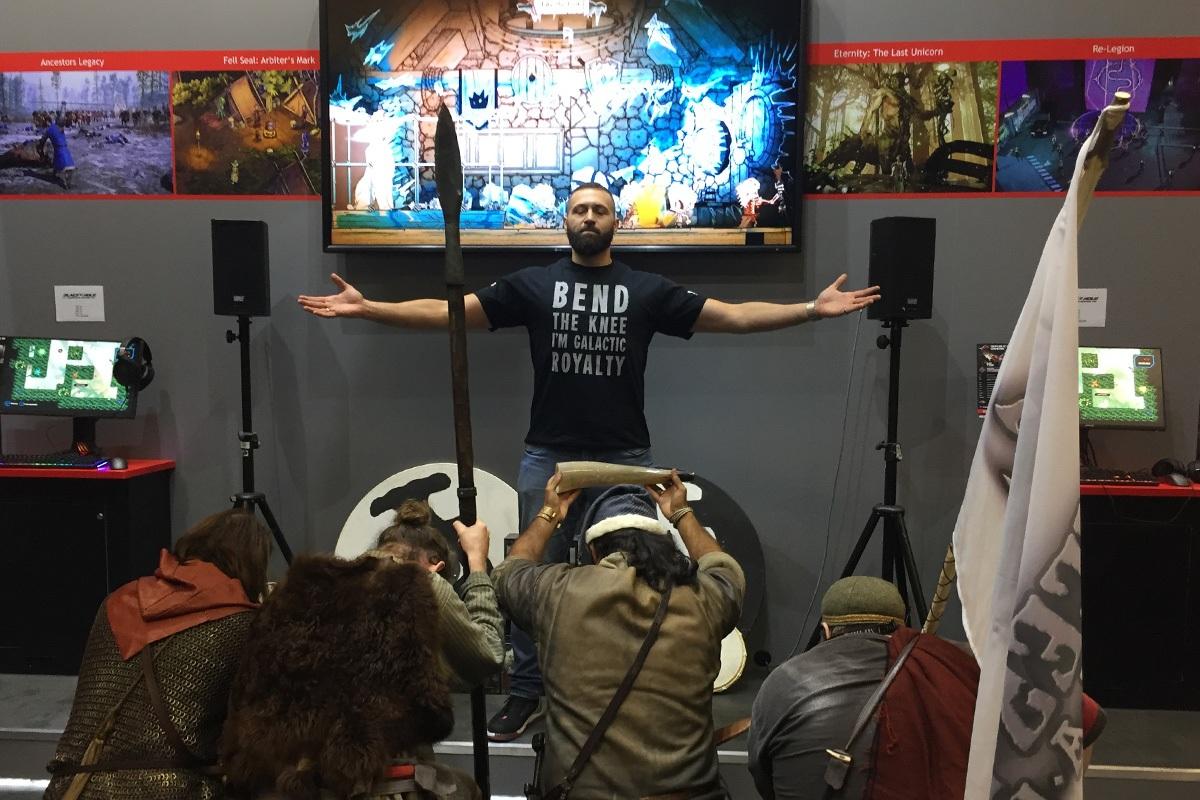Sprecher Und Darsteller Moderation Auf Der Gamescom